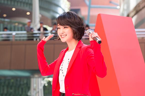【剛力彩芽】A|X アルマーニ エクスチェンジ 福岡店オープン記念イベントに登場!