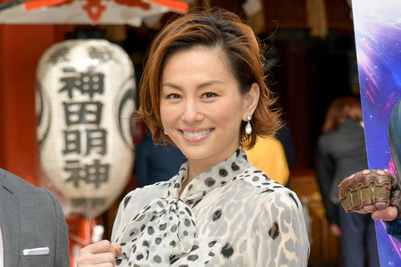 【米倉涼子】4月11日 映画「アベンジャーズ/エンドゲーム」の勝利祈願イベントに出席!